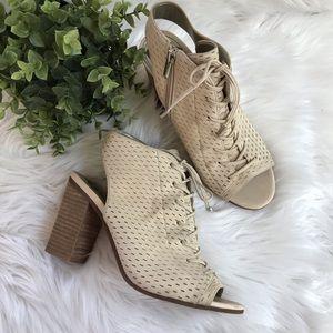 Sam Edelman Open Toe Lace Up Heels Size 7.5